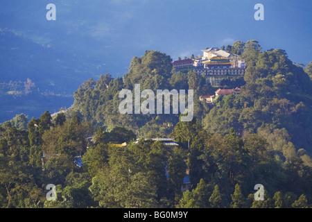 Vue de la ville de Tashi Vue de Palais Royal monastery, Gangtok, Sikkim, Inde, Asie Banque D'Images
