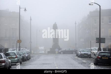 Brouillard dans la nouvelle ville, Walker Street, Édimbourg, Écosse, Royaume-Uni.