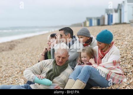 Famille à la plage Banque D'Images