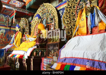 Bouddhas à l'intérieur Zuu monastère, Karakorum, Mongolie Banque D'Images