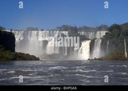 Chutes d'Iguaçu à Iguazu national park, république de l'Argentine, l'Amérique du Sud Banque D'Images