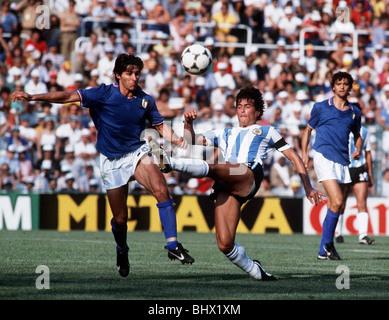 Italie 2 argentine 1 football coupe du monde 1982 graziani et passarella banque d 39 images photo - Coupe du monde de football 1982 ...