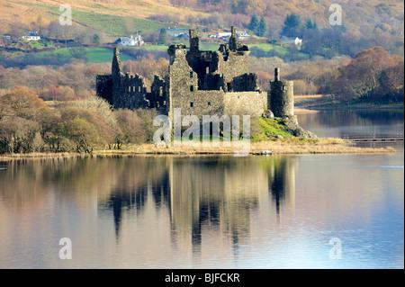 Le Château de Kilchurn sur Loch Awe, Argyll, Scotland