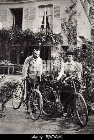 Pierre et Marie Curie, physiciens français, 1906. Artiste: Inconnu Banque D'Images