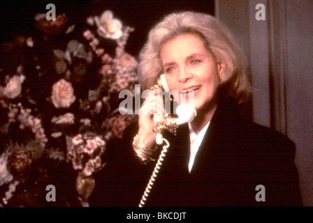 ALL I WANT for Christmas (1991) Lauren Bacall ALWC 021 Banque D'Images