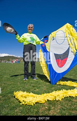 Chaque printemps, le 'Ruidoso Kite Festival' en vedette art sculptures, vol à la enfants Konnection Aire de Ruidoso, Banque D'Images