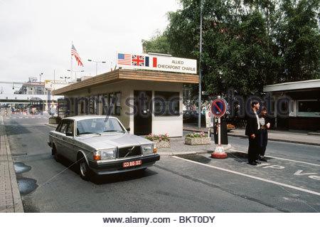Checkpoint Charlie, Berlin est saisie,Berlin,Allemagne,1989 Banque D'Images
