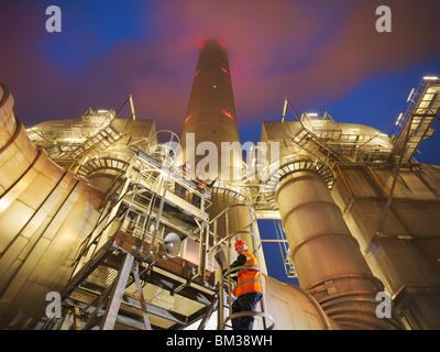 Les travailleurs de la centrale électrique au charbon