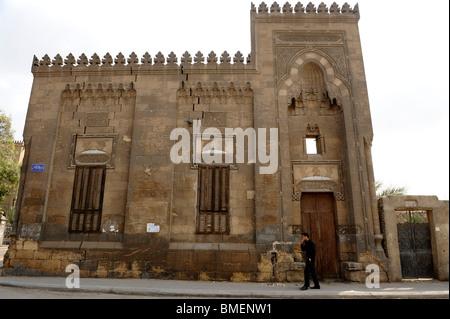 Mausolée restauré dans le sud du Caire, cimetières, ville des morts, près de Le Caire islamique, le CAIRE , Egypte Banque D'Images