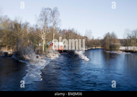 Péninsule scandinave, en Suède, Malmö, vue de la maison par le lac Banque D'Images