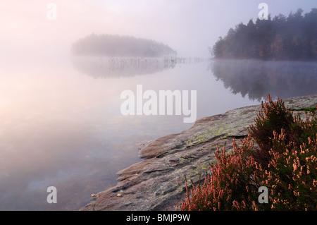La Scandinavie, la Suède, Vastergotland, Molnlycke, Vue du lac Misty