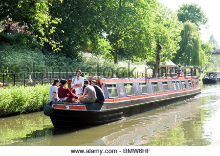 15-04 sur le Regent's Canal à Londres, Angleterre, RU Banque D'Images