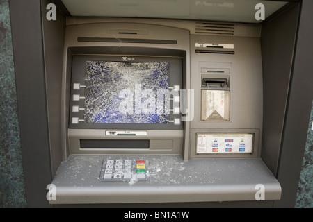 Cash machine atm vandalisés à Londres Banque D'Images