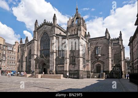 La cathédrale St Giles dans High Street Le Royal Mile d'Édimbourg Scotlandwith vu de l'entrée principale à l'ouest Banque D'Images