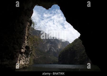 Dans le Canyon du Sumidero Tuxla Gutierrez, Chiapas, Mexique. Banque D'Images