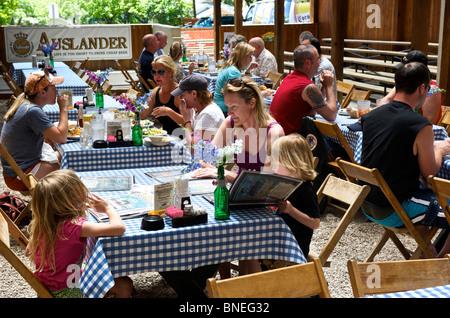 Auslander Restaurant Biergarten et Hill Country, Fredericksburg, au Texas, USA