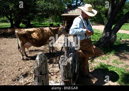 Agriculteur au ranch à Sauer Becker ferme de la LBJ Historic Park dans le Texas, USA
