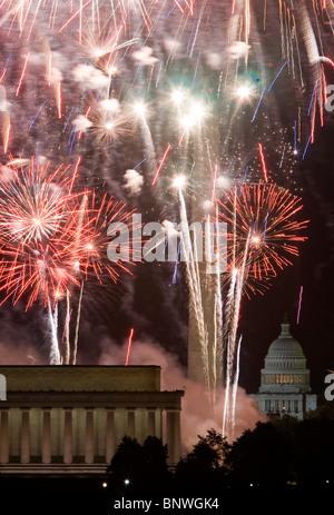 D'artifice du 4 juillet à Washington, DC. Banque D'Images