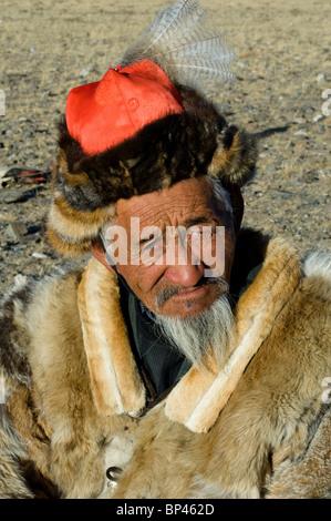 L'homme au Festival de l'Aigle de l'Altaï Banque D'Images