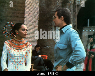 DIANA ROSS, ANTHONY PERKINS, acajou, 1975 Banque D'Images