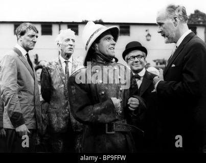 NORMAN SAGESSE, EDWARD CHAPMAN, RICHARD VERNON, le début de l'oiseau, 1965 Banque D'Images