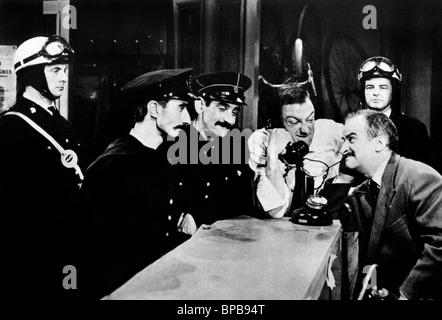 ROBERT DHERY, LOUIS DE FUNES, L'AMERICAN BEAUTY, 1961 Banque D'Images