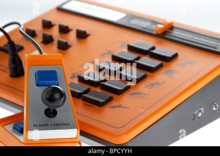 Électronique rétro jeu vidéo binatone plat master mk 10 variante clone pong Banque D'Images