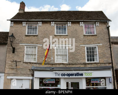 Co-operative food store à Fairford, Gloucestershire englandminmart Banque D'Images