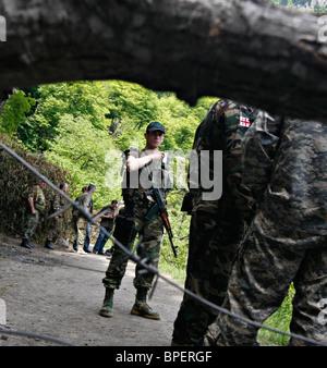 L'augmentation de la tension dans la Gorge de Kodorskoe Banque D'Images