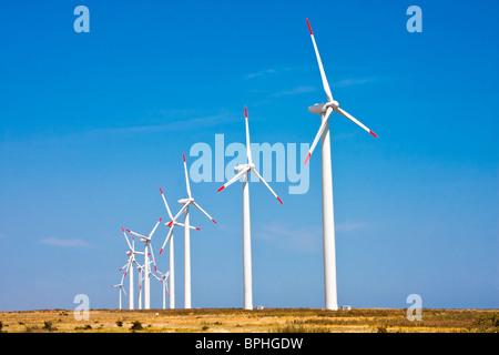 Éoliennes à Kaliakra en Bulgarie Banque D'Images