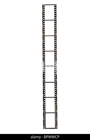 Bande de film 35 mm en blanc sur un fond blanc prêt pour vos images à insérer. Fuji, pré-numérique à partir de 1980 Banque D'Images
