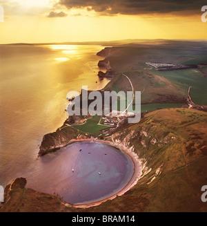 Image aérienne de Meyrick Park Golf Course, un relief naturel Harbour, près de West, Lulworth sur la côte jurassique, Banque D'Images