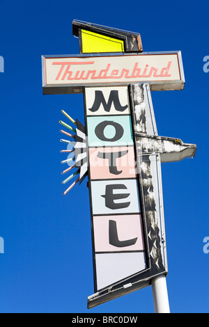 En néon sur la Thunderbird Motel sur Virginia Street, Reno, Nevada, USA Banque D'Images