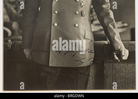 Le professeur Rudolf Jung (1882 - 1945), un dévouement Adolf Hitler photographie Grand format en uniforme de parti Banque D'Images