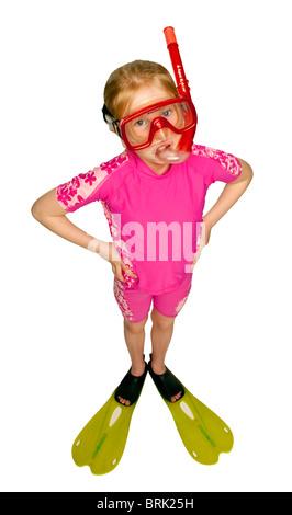 Très jolie jeune fille de race blanche dans son maillot de bain et lunettes prêt à faire de la natation et la plongée Banque D'Images