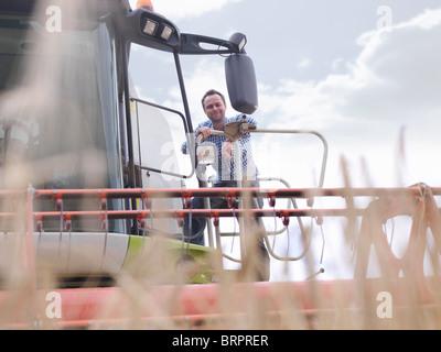 Agriculteur de moissonneuse-batteuse Banque D'Images