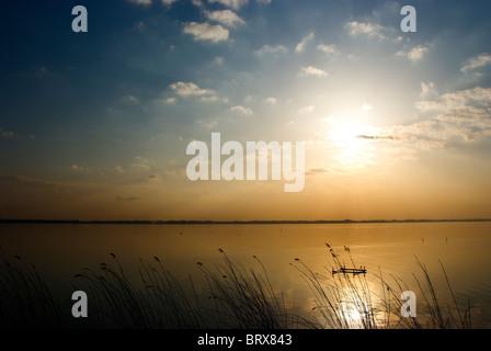 Coucher du soleil sur le lac