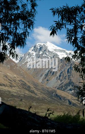 Montagnes enneigées glenorchy Nouvelle-zélande île du Sud Lac Wakatipu près de Queenstown, Fiordland Banque D'Images