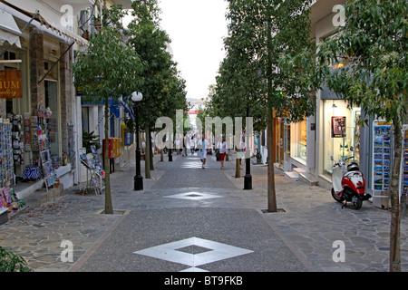 Route principale d'Agios Nikolaos, Crète, Grèce, Europe Banque D'Images