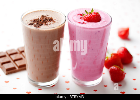 Chocolat et Fraise milkshakes