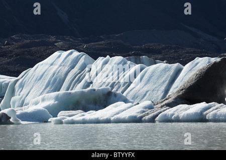 Des icebergs dans le lac Terminal du Glacier Tasman Aoraki / Mt Cook, Parc National, Canterbury, île du Sud, Nouvelle Banque D'Images