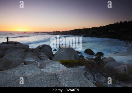 Au coucher du soleil de Camps Bay, Cape Town, Western Cape, Afrique du Sud Banque D'Images