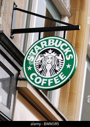 Signe de Starbucks, au Royaume-Uni. Banque D'Images