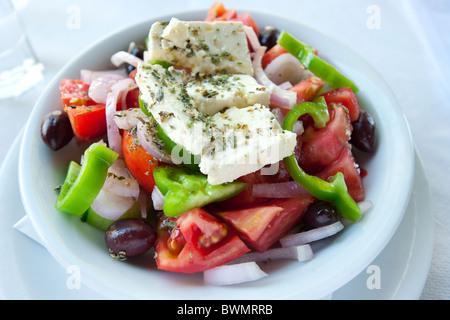Salade grecque, Athènes, Grèce Banque D'Images