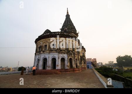 Un beau vieux temple dédié au dieu Rama à Ayodhya, en Inde. Banque D'Images