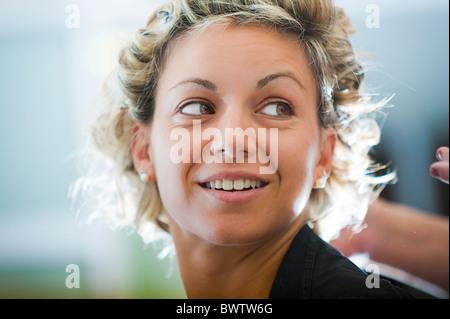 Sourire de femme Banque D'Images