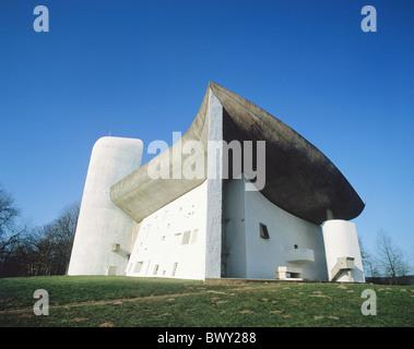 France Europe Le Corbusier Notre Dame de Ronchamp construction de bâtiments hauts religion église Banque D'Images