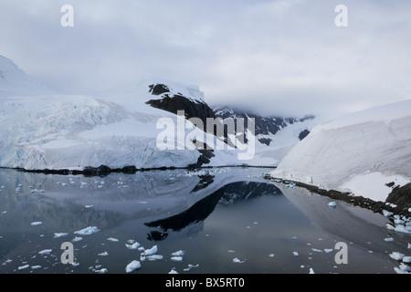 Glacier, Paradise Bay, péninsule Antarctique, l'Antarctique, régions polaires Banque D'Images