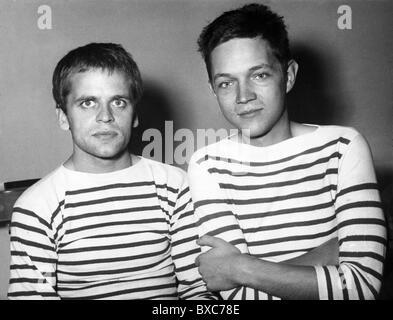 Kinski, Klaus, 18.10.1926 - 23.11.1991, acteur allemand, avec Thomas Harlan, 1955, Banque D'Images