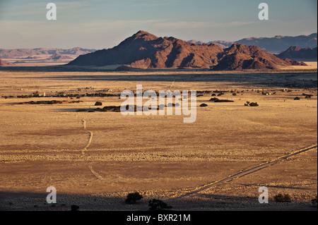 La communauté de Sesriem, porte d'entrée du Parc Namib Naukluft Sossusvlei et en Namibie.